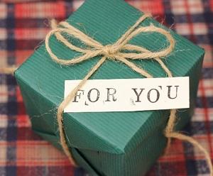 選ぶのが大変だったり、けっこう送る手間もかかる贈り物。ギフト専門通販ホンノキモチで気持ち伝わる贈り物をしませんか?