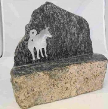 【ペット葬】愛するペットが亡くなったら「こころ工房」のオリジナルのお墓で弔いを【1980円から】