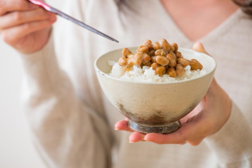 たくさんの大豆製品を食べても、 食べた分ほど上手にゲニステインを摂取できていない人もいるそうです。